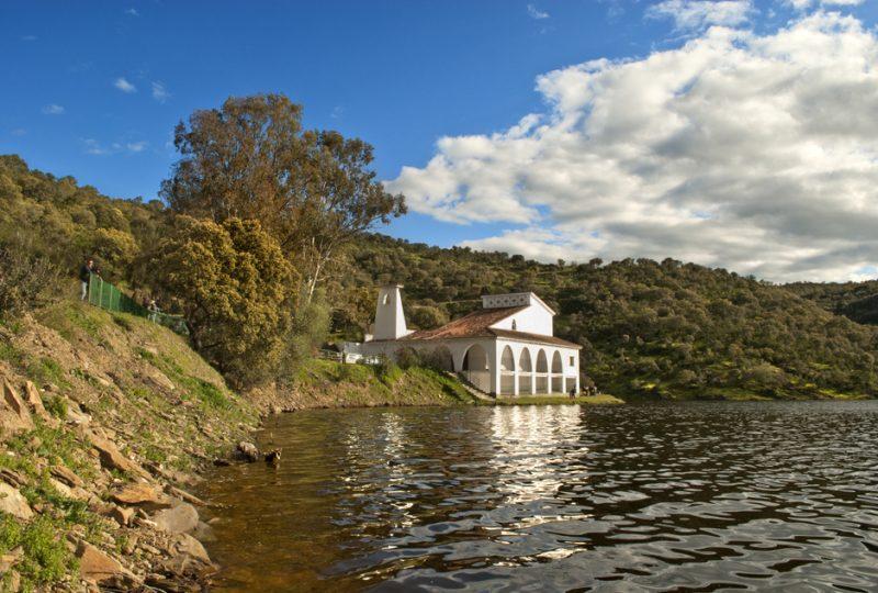Ermita Virgen del Río Talaván